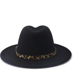 Fedora hat with leopard belt on the hat